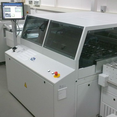 VCP Registerstanz- und Abkantsystem für den Rollenakzidenzdruck